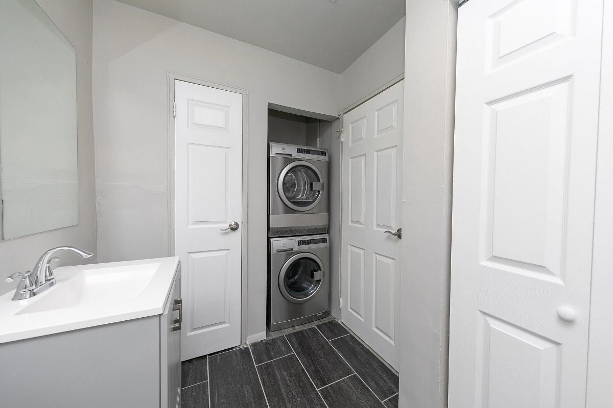timberpointe laundry